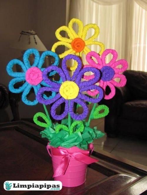flores con escobillones